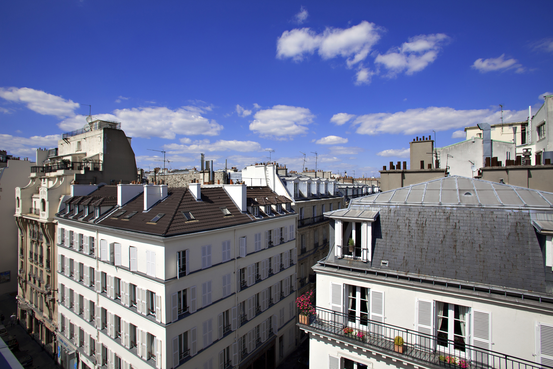 Best Western Plus Elysée Secret view on Paris rooftops